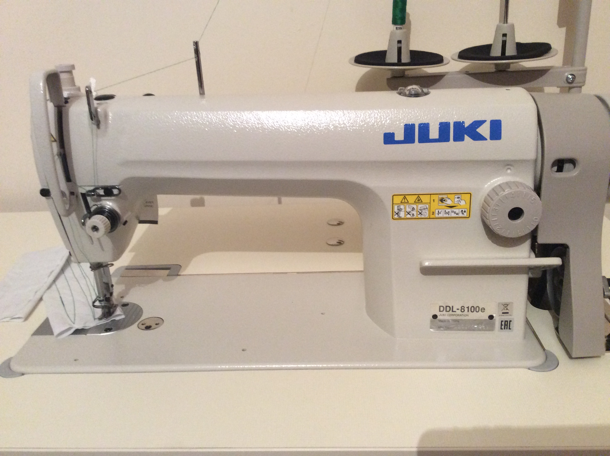 Juki 8100e Lockstitch Sewing Machine Complete on Stand